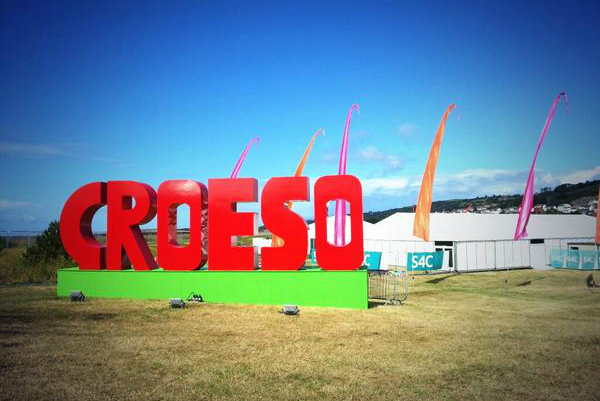 Croeso welcome sign at Festival