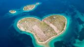 The Love Island Blog